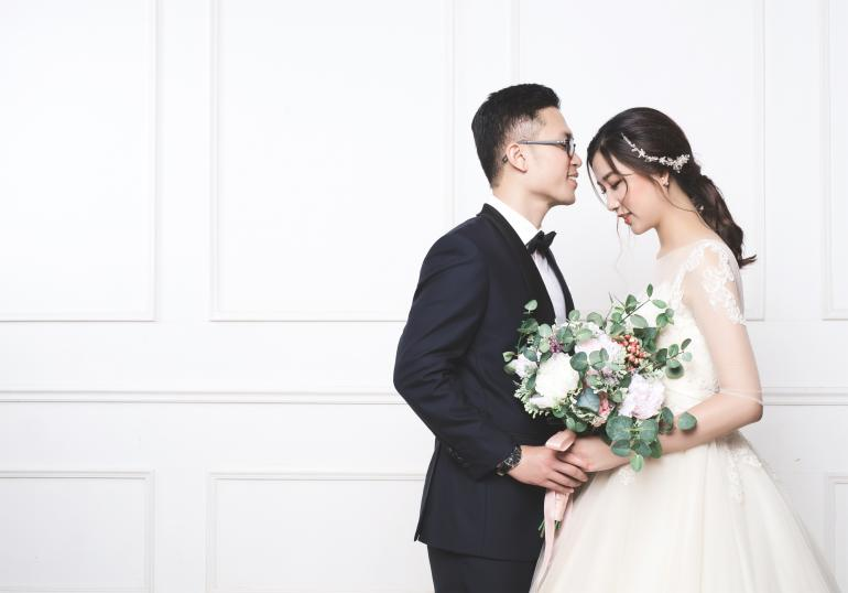Linh and Quynh: NSL Alumnus sweet marriage