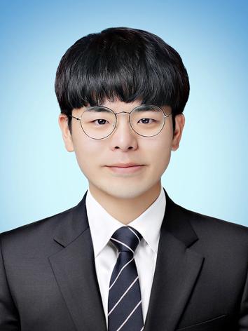 Jong Woo Lee